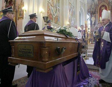 """Radom pożegnał ordynariusza diecezji, bp Edwarda Materskiego. """"Czujemy..."""
