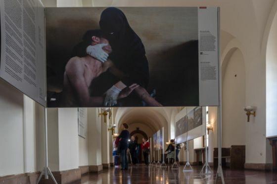 Zwycięskie zdjęcie World Press Photo 2011 (fot. A. Ciereszko/PAP)