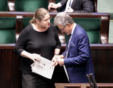 Krystyna Pawłowicz spiera się z internautami o Piotrowicza. Na Twitterze...