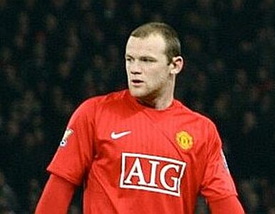 UEFA skróciła karę Rooney`owi. Zagra w jednym meczu grupowym na Euro
