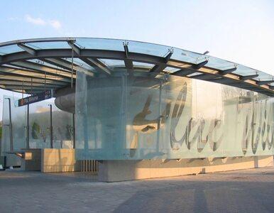 Stacja plac Komuny Paryskiej zamiast stacji plac Wilsona?