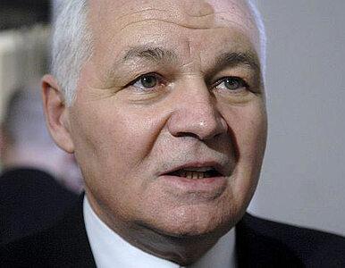 Zmiany w OFE: Buzek krytykuje, Bielecki broni