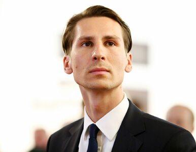 """""""GW"""": Kacper Płażyński zarejestrował się jako bezrobotny. Dostał sporą..."""