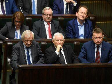 """""""New York Times"""": Unia Europejska przypomina Polsce jak działa demokracja"""