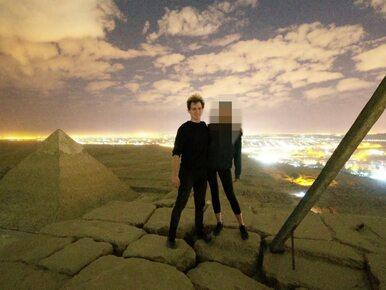 Nadzy turyści na Piramidzie Cheopsa. Aresztowano dwie osoby