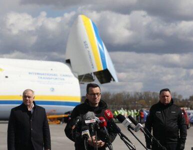 Mateusz Morawiecki powitał największy samolot świata. Są zdjęcia z...