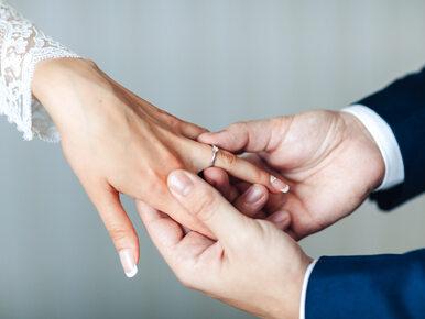 22-latek wziął ślub z 80-latką. Chciał uniknąć poboru do wojska