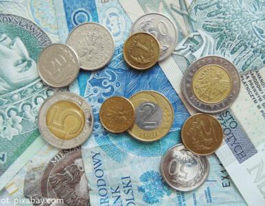 Wskaźnik koniunktury w Polsce spada, podczas gdy w strefie euro rośnie