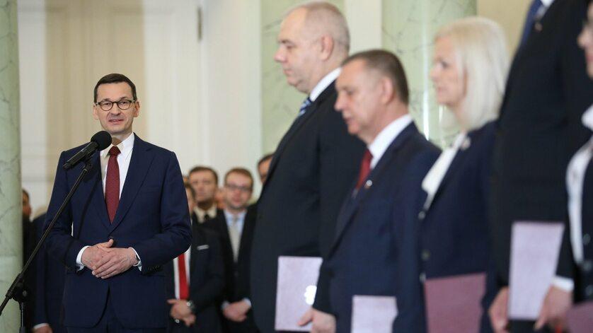 Mateusz Morawiecki i ministrowie