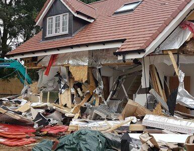 Koparką zniszczył pięć nowych domów. Straty rzędu 19 mln złotych