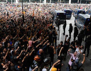 Napięta sytuacja w Katalonii. Starcia z policją i chaos na lotnisku, nie...