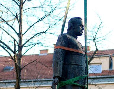 Pomnik ks. Jankowskiego został usunięty. Demontaż trwał 15 minut