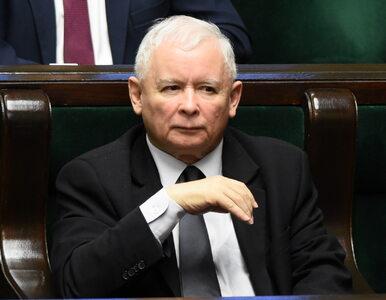 Prokurator miał w gabinecie fotomontaż z Kaczyńskim. Został zawieszony,...