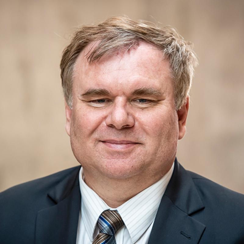 Prof. Marek Jutel