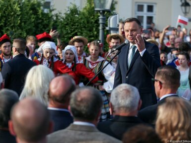"""Prezydent Duda nazwał Unię """"wyimaginowaną wspólnotą"""". Grad komentarzy i..."""