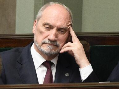Macierewicz: Klich był przeciwny przesianiu ziemi w Smoleńsku