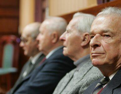Czy Polacy chcą degradacji Jaruzelskiego i Kiszczaka? Przeprowadzono sondaż