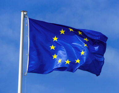 Łomża. Maszt z flagą UE usunięty na czas uroczystości 3 maja