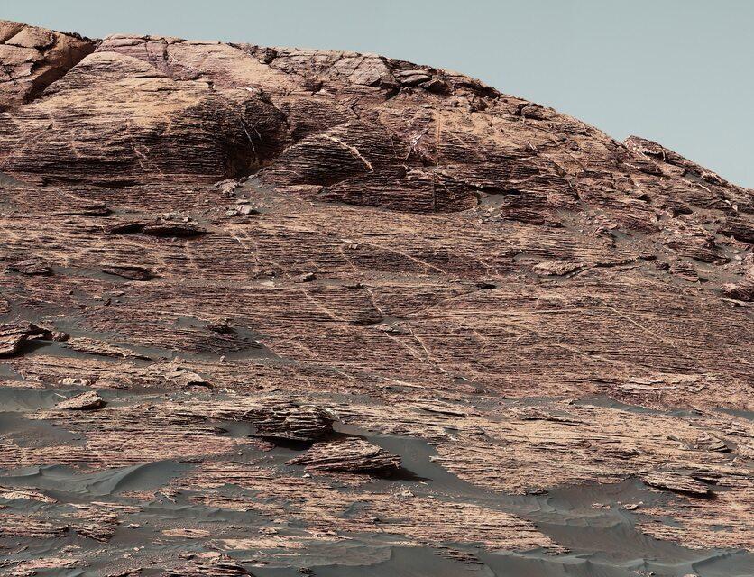 Zdjęcie z łazika Curiosity