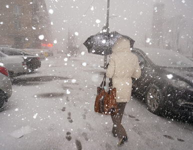 IMGW ostrzega przed silnym wiatrem i śnieżycami