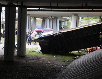 Wypadek autobusu w Warszawie. Radio Zet nieoficjalnie: Kierowca był pod...
