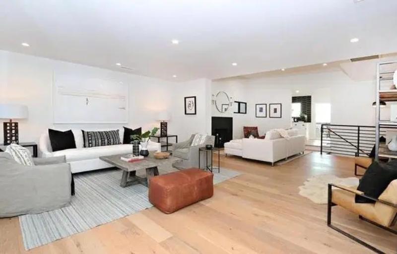 Dom Camili Mendes w Silver Lake w Los Angeles