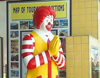 Ronald McDonald ścięty przez ekologów