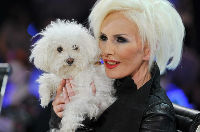 Kora Jackowska ze swoim ukochanym psem Ramoną