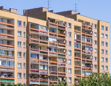 Koronawirus. Jak uniknąć zakażenia, mieszkając w bloku?